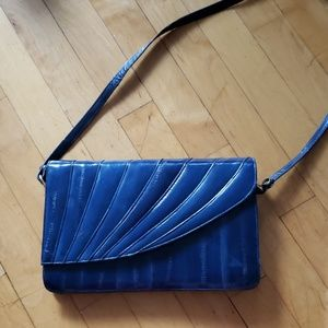 Handbags - ❤(2/$15) Sexy blue crossbody!